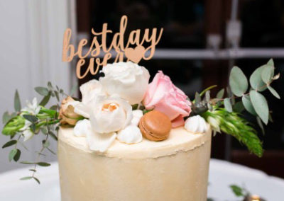 Cake flowers with Macroons