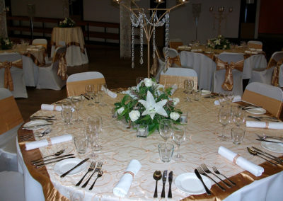 G150 Table setting